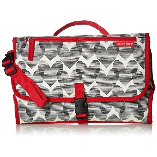 Skip Hop Pronto Mini Changer- Hearts