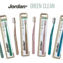 Jordan Green Clean Medium Toothbrush
